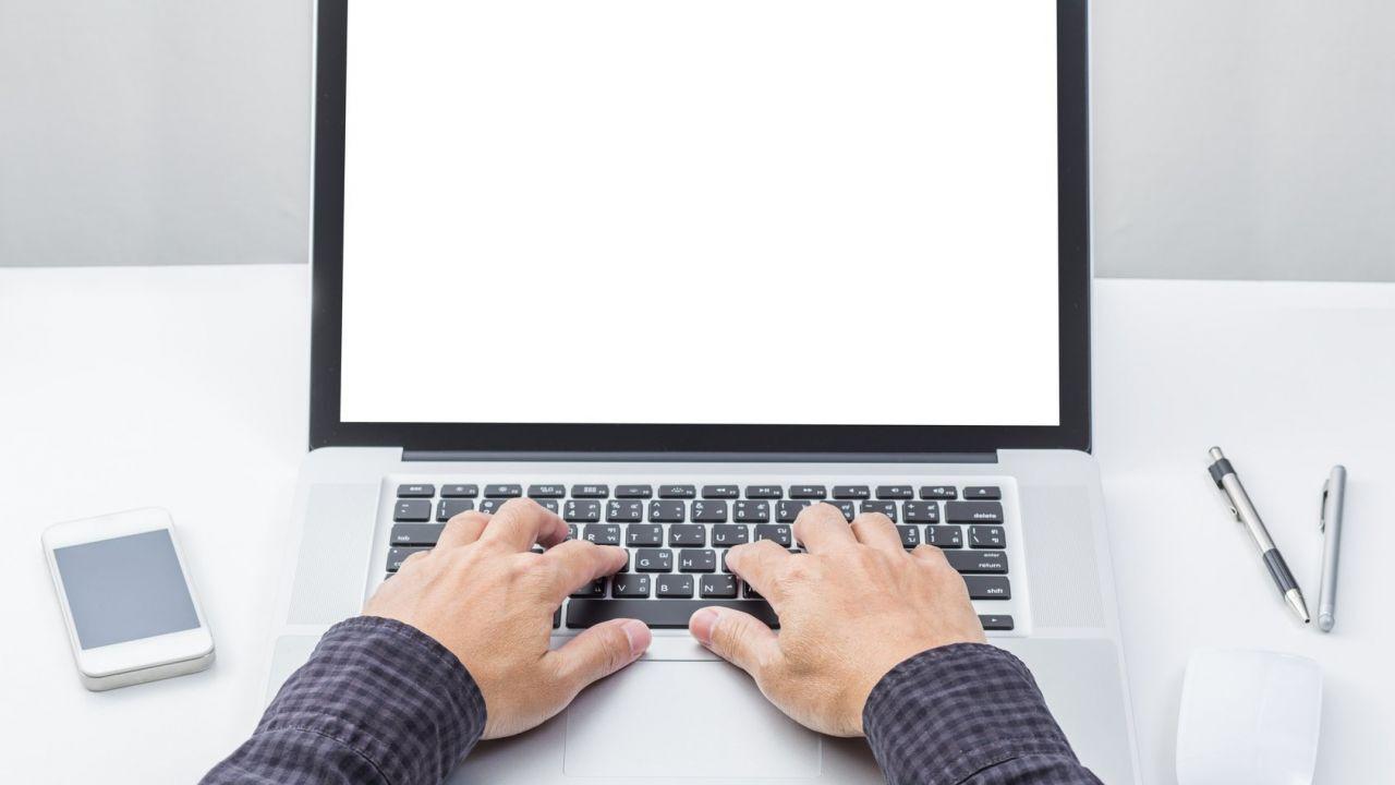 كيفية تغيير لغة الكمبيوتر