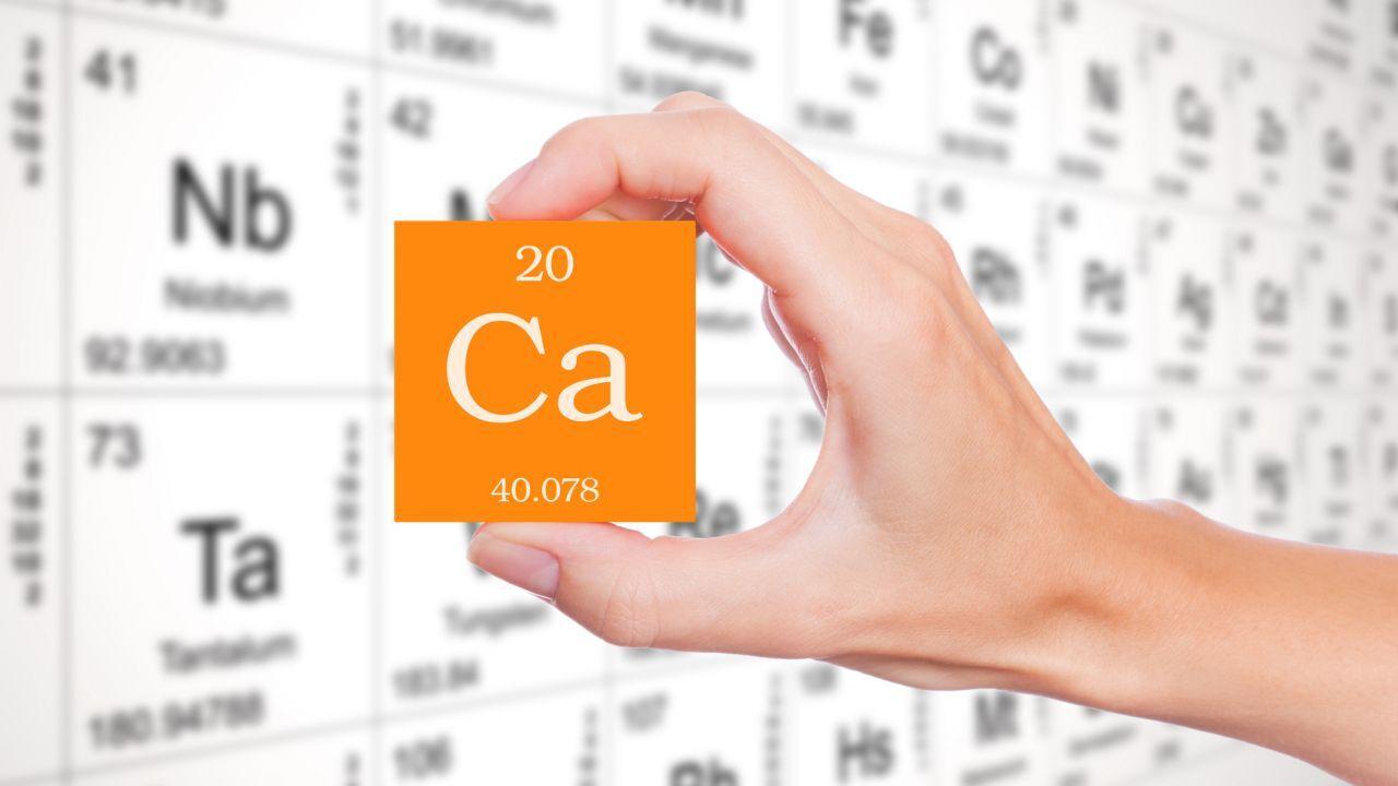 ما هو عنصر رمزه Ca عنصر الكالسيوم طب 21