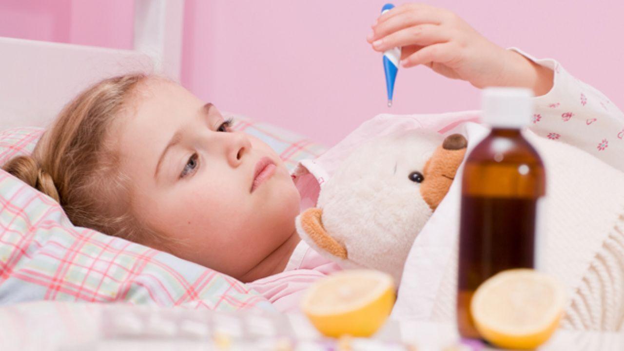 علاج حمى الأطفال