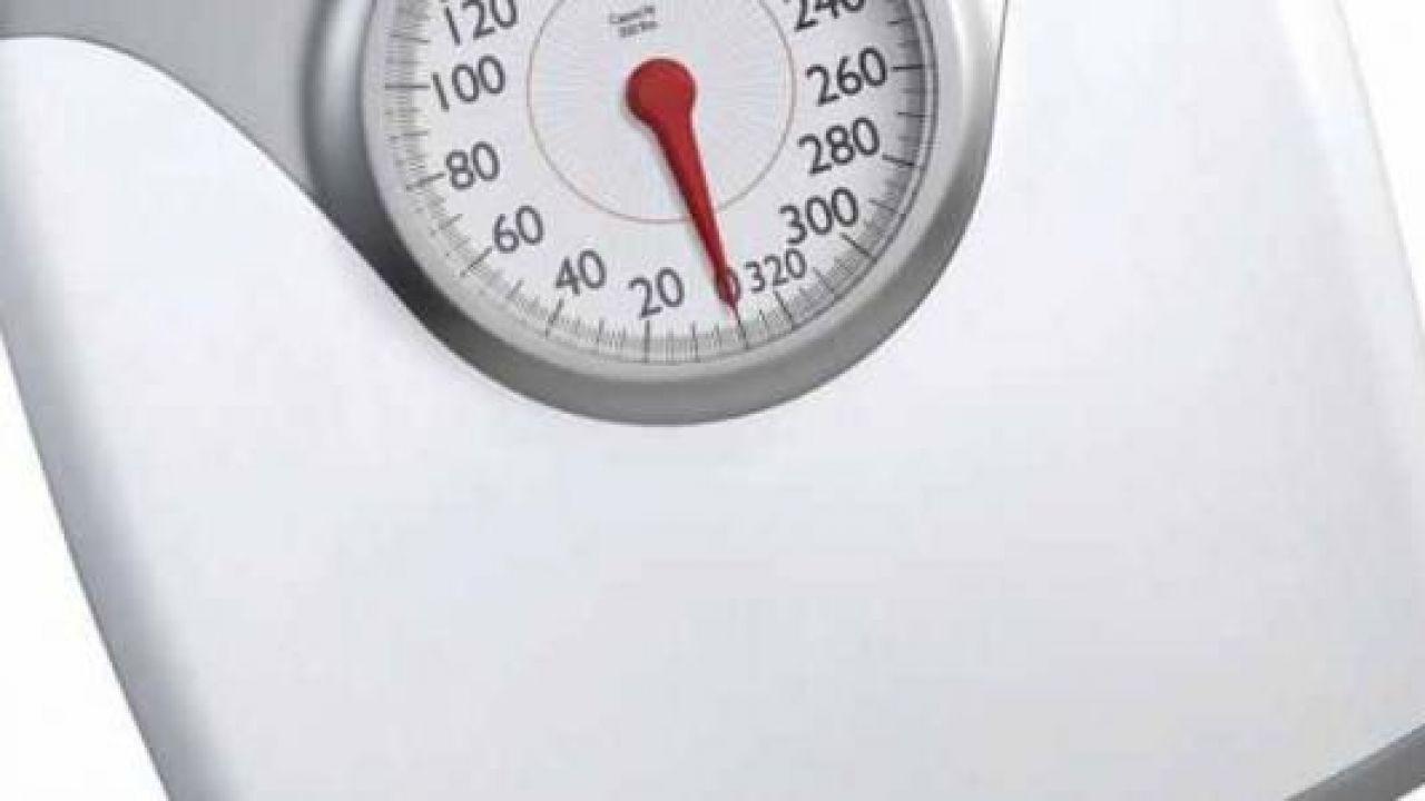 كيف أعرف وزني المثالي بالنسبة لعمري