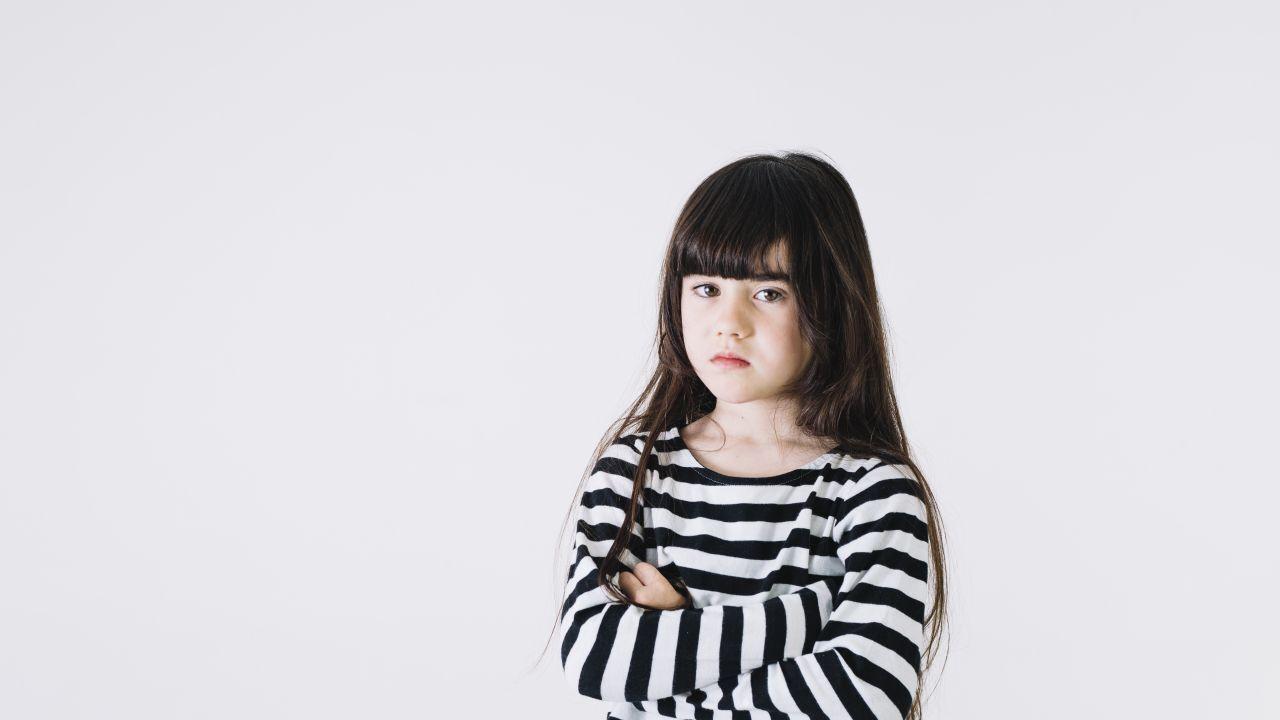 التصرف مع الطفل العنيد