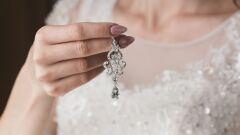 كيف تختارين اكسسوارات حفل زفافك