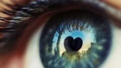 كيف تكون نظرات المحب