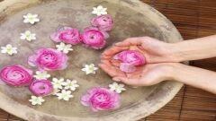 ما هي فوائد ماء الورد