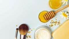 فوائد عسل النحل للوجه