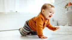 مراحل مشي الطفل
