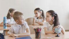 كيف نعالج الغيرة عند الأطفال