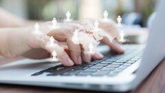 أهمية التواصل الاجتماعي على شبكة الإنترنت