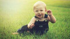 كيفية تنمية ذكاء الطفل في عمر السنتين