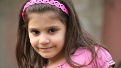 كيفية تنعيم شعر الأطفال